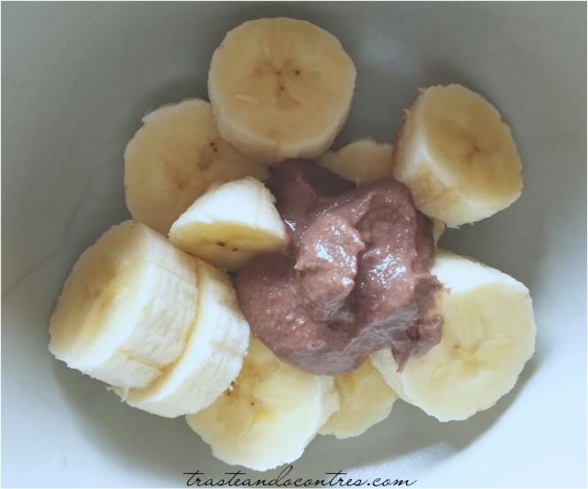 Plátano con crema de cacao sin azúcar